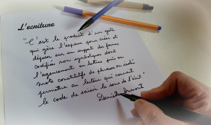 http://www.ddec06.fr/personnes-ressource/wp-content/uploads/2017/02/ecriture.jpg